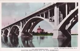 Canada Saskatchewan Saskatoon Saskatchewan River & Hotel Bes