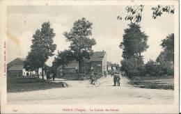 CPA  88 HADOL La CROISEE Des ROUTES    Animée - France