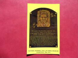 Willie Howard Mays Jr. Baseball Hall Of Fame Museum Cooperstown NY--1994 Printing--- Early Chrome --    - -- -ref 676 - Baseball
