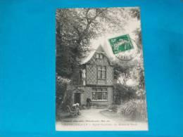 86) Chatellerault - Square Gambette  - La Maison Du Garde -  Année 1913  - EDIT - Chauvet - Chatellerault
