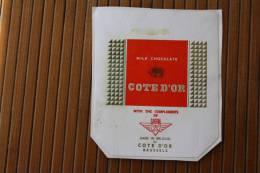 Étiquette  —Milk Chocolate Côte-d´Or Avec Les Compliments De La Compagnie Aérienne Sabena Made In Belgium  Bruxelles - Chocolat