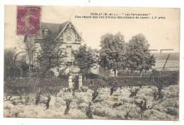 """Rablay-sur-Layon (49) : La Villa """"Les Pervenches"""" Et Ses Vignbles  En 1933 (Clos Producteur De Vin). - Other Municipalities"""