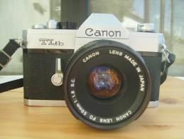 """Boitier Canon  """"  TLB   """"  N° 243958 + Flash Panasonic - Tres Bel Etat  Voir Scans - Appareils Photo"""