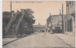 CPA 59  -  SECLIN -   La Rue De La Gare  - Le Pont - Seclin
