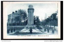 77 - JOUY SUR MORIN - MONUMENT AUX MORTS - France