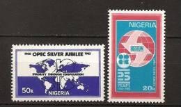 Nigeria 1985 N° 463 / 4 ** OPEP, Pays Exportateurs De Pétrole, Emblèmes, Carte Du Monde, Polution, Essence, Chimie - Nigeria (1961-...)