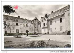 2035-37-LA GUERCHE-Le Chateau ( XVe Siècle ) -Cour Intérieure - Other Municipalities