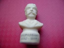 MAUPASSANT 1850 - 1893 - FEVE MATE SUR LES ECRIVAINS - - Fèves