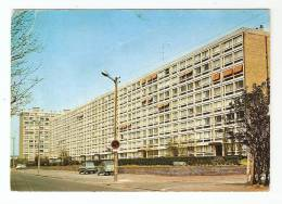 CPA : 59 : Nord : Marcq En Baroeul : Résidence Clémenceau : Immeubles , Voitures ... - Marcq En Baroeul