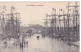 20831 Paimpol, 22 France, Les Bassins - éd Renault 363 - Voiliers Peche Goelettes, Terreneuvas