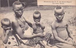 20834 Afrique, Missions Des P.P. Du Saint-Esprit, Une Jeune Maman - - Cartes Postales