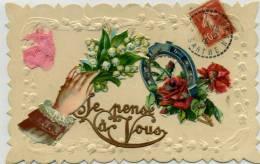 JE PENSE A VOUS - Belle Carte Gaufrée Avec Découpi , Main, Muguet, Fer à Cheval, Rose - Fantaisies