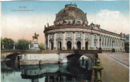 CPSM BERLIN (Allemagne) - Kaiser Friedrich Museum - Allemagne