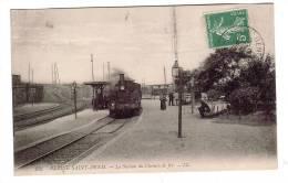 LA PLAINE SAINT-DENIS/93/La Station De Chemin De Fer Avec Train/Animée/Ref:2905 - France