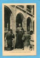 CONGO OCCIDENTAL- Gros Plan -  Bénédiction Par Le Premier Prètre Indigène -fides PhotoN°10-années 20- - Französisch-Kongo - Sonstige