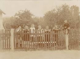 Osterfeld, Burgenlandkreis, Sachsen-Anhalt, Kinder Am Gartenzaun, FOTO 1919, Original - Orte