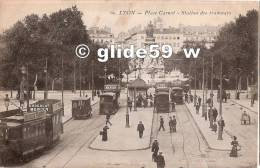 LYON - Place Carnot - Station Des Tramways (animée) - N° 69 - Lyon