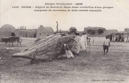 Afrique - Niger -  Construction Bâteau Pirogue - Niger