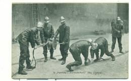 POMPIERS, Enroulement Des Tuyaux - Sapeurs-Pompiers