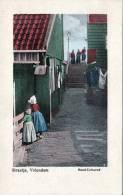 VOLENDAM (Niederlande), Straatje, Handcoloriert, Nicht Gelaufen Um 1920, Gute Erhaltung - Volendam