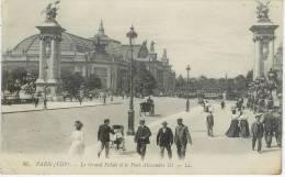 Le Grand Palais Et Le Pont AlexandreIII - District 08