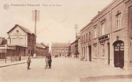 FRASNES LEZ BUISSENAL - Place De La Gare - Superbe Carte Animée - Frasnes-lez-Anvaing