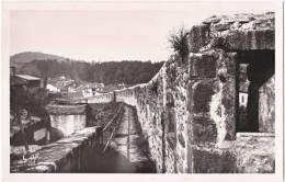 64. Cpsm. Pf. ST-JEAN-PIED-DE-PORT. Remparts. Citadelle. Chemin De Ronde. 53 - Saint Jean Pied De Port
