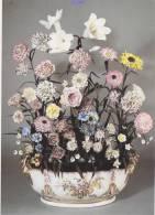"""CPM """" VINCENNES - Jardinière Garnie D'un Bouquet """" - Arts"""