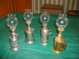 Lot 4 Lampes Pigeons - Technical