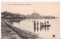 11  GRUISSAN.   L'Etang Et Vue Générale.  Barque Avec Femmes Et Enfants.   TBE. - France