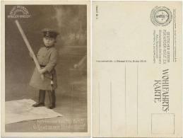 1. WK Fotokarte, Kind Uniform Bajonett Knüppel, Verein Für Kinder - Asyle - Guerra 1914-18