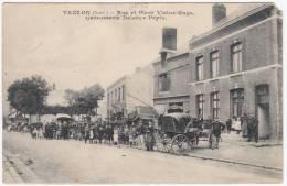 Trélon - Rue Et Place Victor-Hugo - Carrosserie Delbaye Pépin - Très Animée - 1907 - Etat Voir Scan - Autres Communes