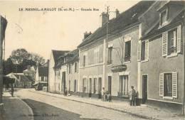 77 LE MESNIL AMELOT GRANDE RUE - France
