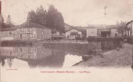 CPA 52  LOUVEMONT ,la Place. (animée) - Other Municipalities