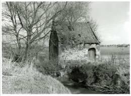 ZWEVEGEM (West-Vlaanderen) - Molen/moulin - Echte Foto 18x24 Cm. Van Het Vroegere Watermolentje Te Slijpe (maart 1995) - Fotografia