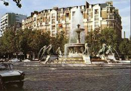 Paris - Place Daumesnil - 404 Peugeot - Arrondissement: 12