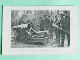 Guerre 1914- 18 : Pièce De 220 Abritée à L'entrée D'un Boyau - Guerre 1914-18