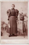 PHOTO Cartonnée 160 X 105mm -Femme En Tenue De Soirée-Photographe ROSSBACH à JERSEY CITY VOIR 2 SCANS - Oud (voor 1900)