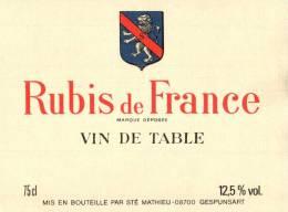 ETIQUETTE NEUVE RUBIS DE FRANCE VIN DE TABLE MIS EN BOUTEILLE PAR MATHIEU GESPUNSART ARDENNES - Unclassified