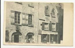 VILLEFORT (LOZERE - 48) - CPA - UNE MAISON DE XII° SIECLE, PLACE DE L´ EGLISE - Villefort