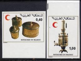MAROC N°827/28**  NON DENTELE   CROISSANT ROUGE - Maroc (1956-...)