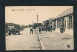 VILLE SUR TOURBE - Grande Rue  (belle Animation Avec Automobile) - Ville-sur-Tourbe