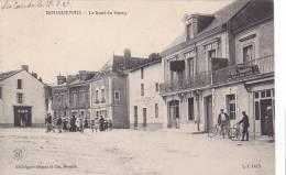 20870 BOUGUENAIS : Haut DU BOURG -L-I 1415 ADugas -café Voyageurs -  Des Vignerons - Procession - Non Classés