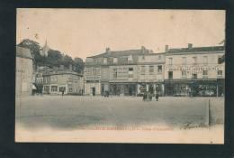 SAINTE MENEHOULD - Place D'Austerlitz - Sainte-Menehould