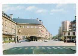 FRANCE - AK132211 Sedan . Place Goulden - Sedan