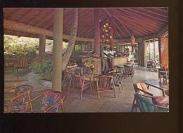CPM Neuve Antilles St VINCENT B.W.I. The Bar Is The Center Of Social Activity On Young Island - Saint-Vincent-et-les Grenadines