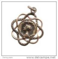 + Medaille 241 Jonge Vrouw -jeune Femme - Unclassified