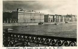 LENINGRAD - Les Quais De La Néva Rive Gauche - Papier Photo Souple Et Glacé - 2 Scans - Rusland