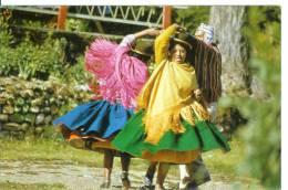 LA PAZ - Femmes En Costume - Dancers - Danse - Danseuses - Bolivie