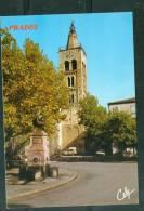 Cpsm Gf - PRADES - PLACE DE LA REPUBLIQUE-  Lwb74 - Prades